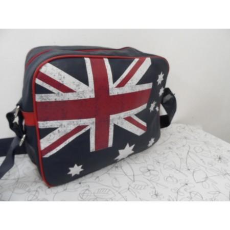 НОВА стильна сумка на плече від Accessoires