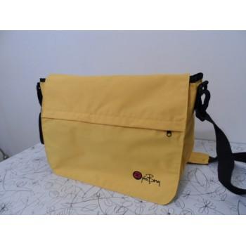 Стильна сумка масенджер від шведів Bjorn Borg