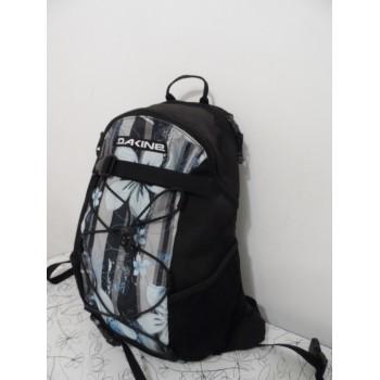 Якісний жіночий рюкзак від американців Dakine wonder
