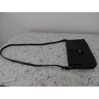 Жіноча шкіряна сумка на плече