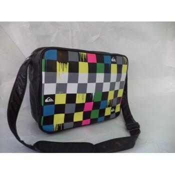 Молодіжна сумка від культового американського виробника Quiksilver